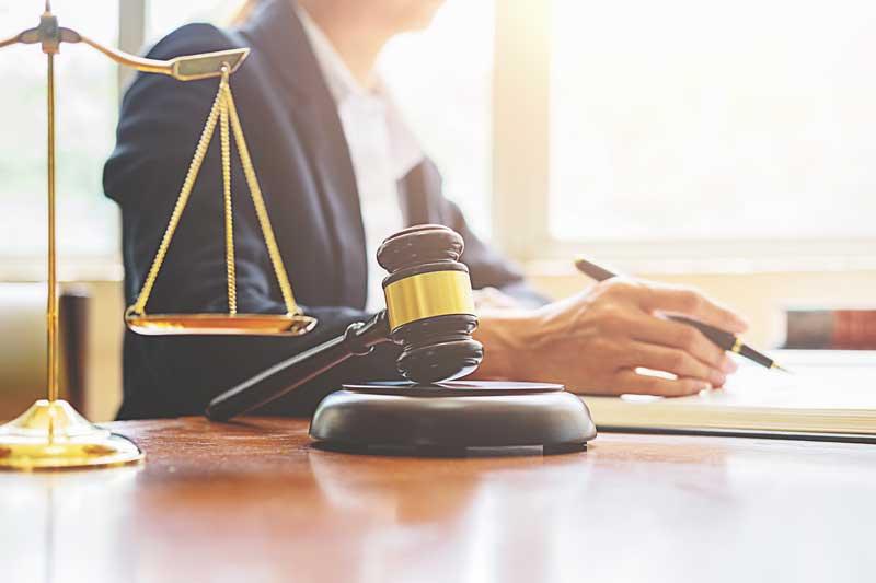 מחפשים משרד עורכי דין? מורה נבוכים